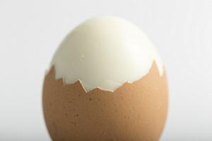 ピーリング 卵